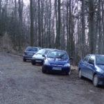 Parkirišče v gozdu pod Čemšeniško planino